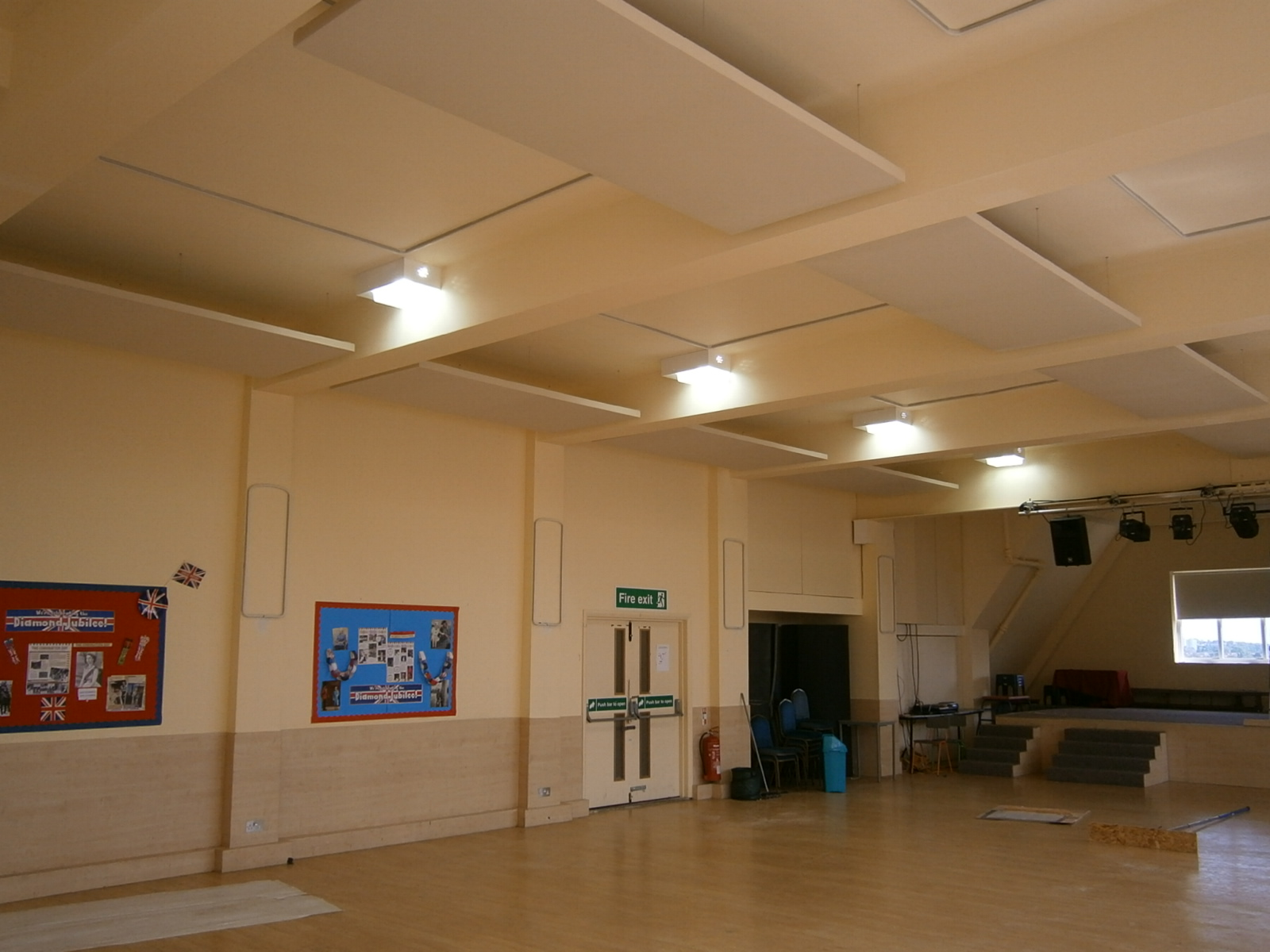 how to reduce echo in a hall